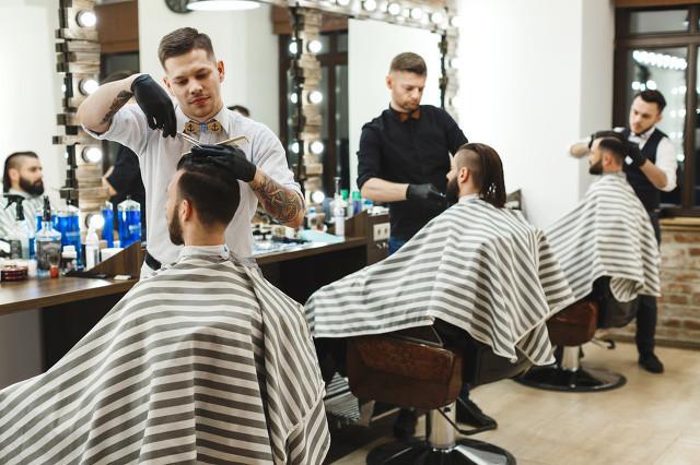 杭州市假发店哪个位置比较好?有试过吗?