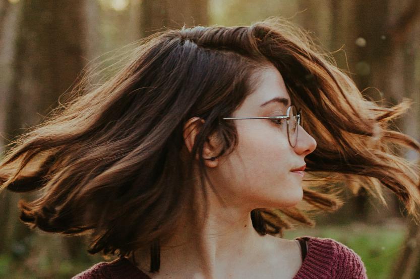 买假发什么样的比较好?如何判断假发的好坏?